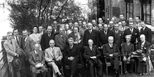 An early photo of IULA secretariat and members